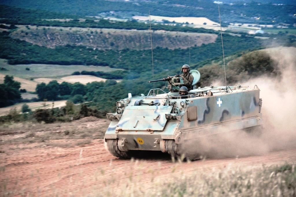 Έτσι εκπαιδεύεται η 1η Στρατιά - Απίστευτα πλάνα - ΦΩΤΟ - Εικόνα14