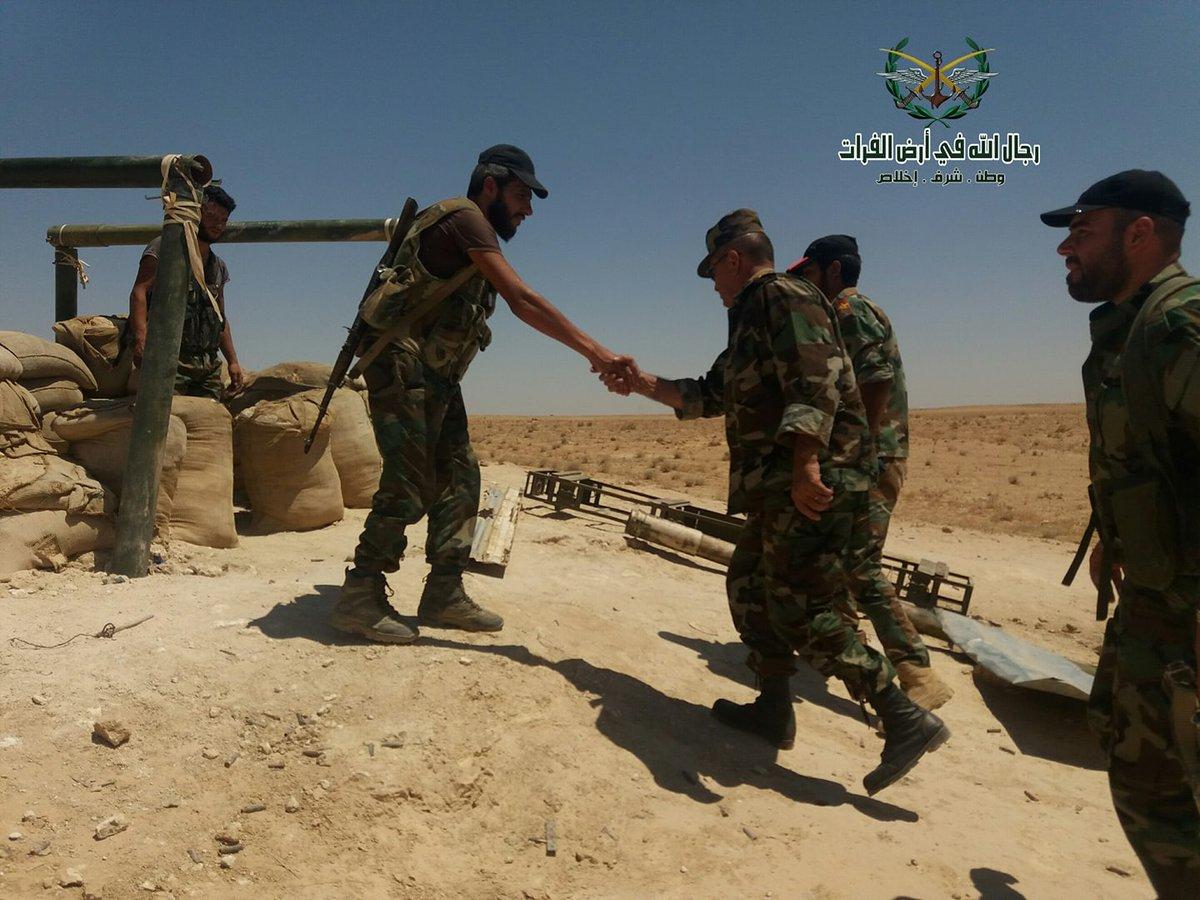 Φλέγεται η Deir Ezzor: Σαρωτικοί βομβαρδισμοί με τον συριακό Στρατό σε απόσταση αναπνοής από την πόλη και τους «Αλιγάτορες» ασταμάτητους (βίντεο, εικόνες) - Εικόνα1