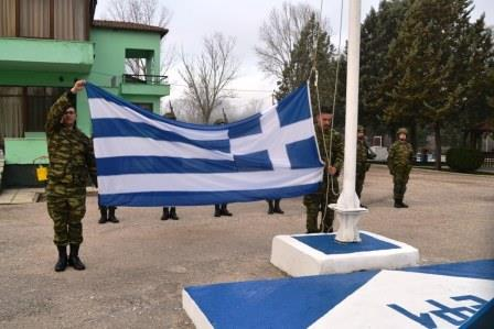Φωτογραφίες: Ο αρχηγός του ΓΕΣ κάνει περιπολία στη συνοριακή γραμμή του Έβρου - Εικόνα 3