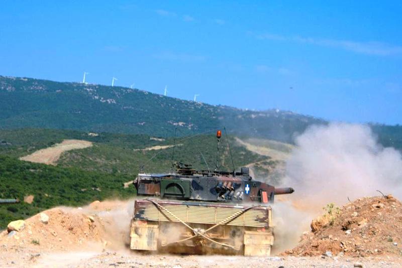 Φωτογραφίες: Εντυπωσιακές βολές αρμάτων μάχης από το Δ΄ Σώμα Στρατού - Εικόνα 3