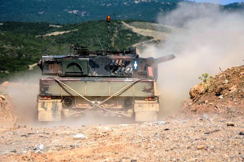 Φωτογραφίες: Εντυπωσιακές βολές αρμάτων μάχης από το Δ΄ Σώμα Στρατού - Εικόνα 4