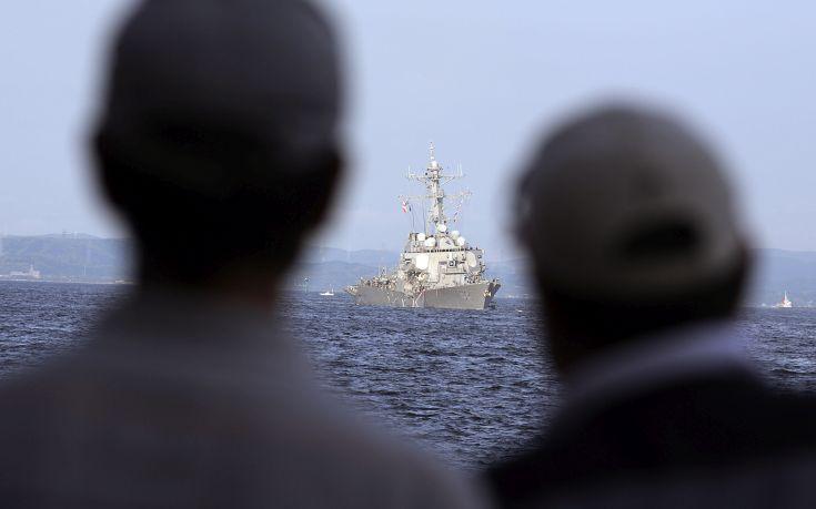 Φωτογραφίες από τη σύγκρουση πλοίων στην Ιαπωνία - Εικόνα1