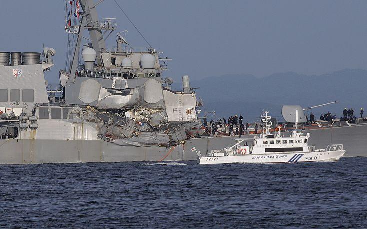 Φωτογραφίες από τη σύγκρουση πλοίων στην Ιαπωνία - Εικόνα5