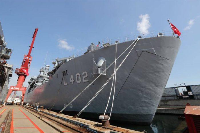 Στο φουλ δουλεύουν οι τουρκικές μηχανές: Tαχεία ναυπήγηση και δεύτερου αποβατικού πλοίου μετά το Bayraktar – Είναι ξεκάθαρο πλέον ότι ετοιμάζουν απόβαση… - Εικόνα3
