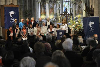 ΓΑΛΛΙΑ: Γέμισε Ιούδες η καθολική εκκλησία. Προδίδει το ποίμνιό της και το οδηγεί στην αγκαλιά (ή στο στόμα) του ισλάμ - Εικόνα8