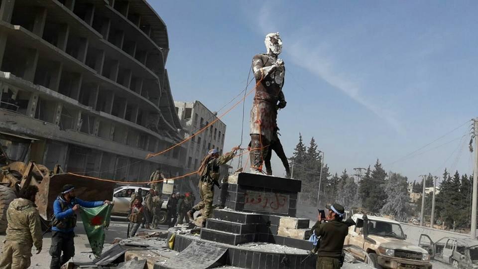 Γιατί έπεσε η Αφρίνη: ο ρόλος των ΗΠΑ, των Τούρκων, των Ρώσων και των Κούρδων - Εικόνα2