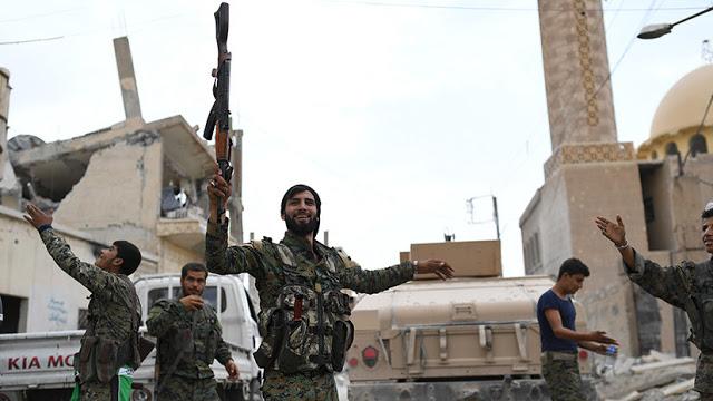 Γιατί η Γαλλία σκοπεύει να ενισχύσει τη στρατιωτική στήριξη των Κούρδων της Συρίας - Εικόνα1