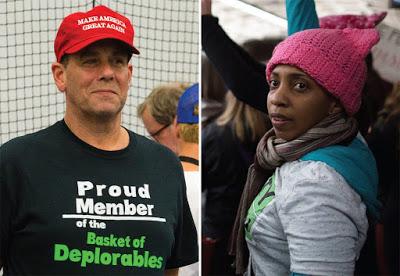 ΗΠΑ: Τα «ροζ σκουφάκια με αυτιά γάτας» εναντίον του Τραμπ και η προέλευσή τους - Εικόνα1