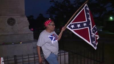 ΗΠΑ: Οι τζιχαντιστές της πολιτικής ορθότητας θέλουν να γκρεμίσουν κάθε μνημείο της Συνομοσπονδίας στη Νέα Ορλεάνη - Εικόνα11