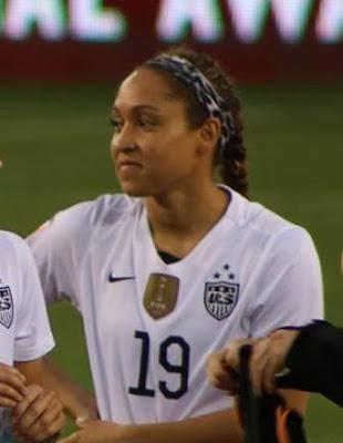 ΗΠΑ: Χριστιανή ποδοσφαιρίστρια της εθνικής ομάδας αρνήθηκε να φορέσει μπλούζα με τα χρώματα της σημαίας των ομοφυλόφιλων - Εικόνα2