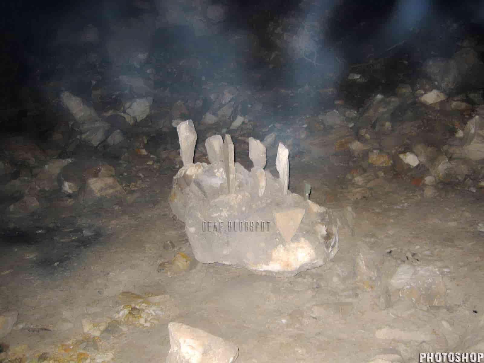 Τι Υπάρχει και Ζει Μέσα στο Σπήλαιο της Πεντέλης (εκπληκτικές φωτογραφίες και video) - Εικόνα39
