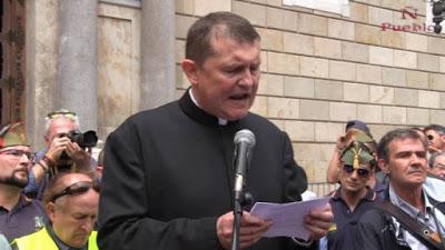 ΙΣΠΑΝΙΑ: Θέλουν να βάλουν φυλακή τον ιερέα που είπε ότι «η ομοφυλοφιλία είναι αμαρτία» - Εικόνα1