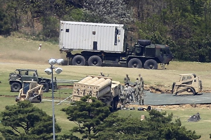 Ηχούν οι σειρήνες πολέμου στη Κίνα – Εγκαταστάθηκε το THAAD και απέπλευσε το USS Michigan – Σε θέσεις μάχης η αμερικανική αρμάδα – Προειδοποιεί πρέσβης των ΗΠΑ: «Μια πυραυλική επίθεση στην Β.Κορέα θα εξαφάνιζε τα πάντα από προσώπου γης» – Δείτε βίντεο - Εικόνα2