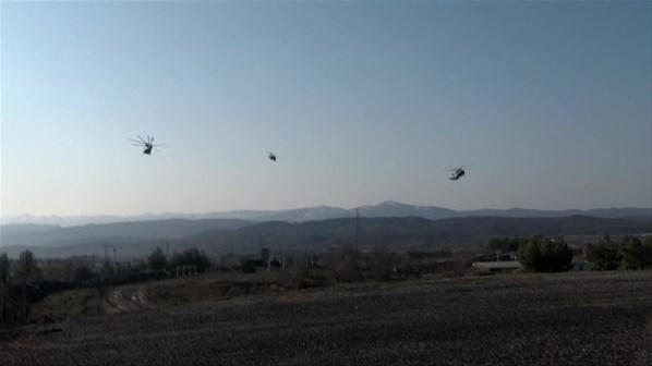 O κύβος ερρίφθη: Ετοιμάζονται για αεραπόβαση σε ελληνικό νησί – Εντατικές ασκήσεις των Τούρκων αλεξιπτωτιστών (εικόνες, βίντεο) - Εικόνα2
