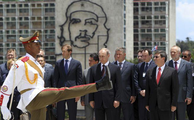 Ο κόσμος θα ζήσει ξανά μια νέα μεγάλη πυραυλική κρίση: Ο B.Πούτιν ετοιμάζει ρωσική στρατιωτική βάση στην Κούβα στο κατώφλι των Ηνωμένων Πολιτειών σε αντίποινα για την Βαλτική! - Εικόνα0