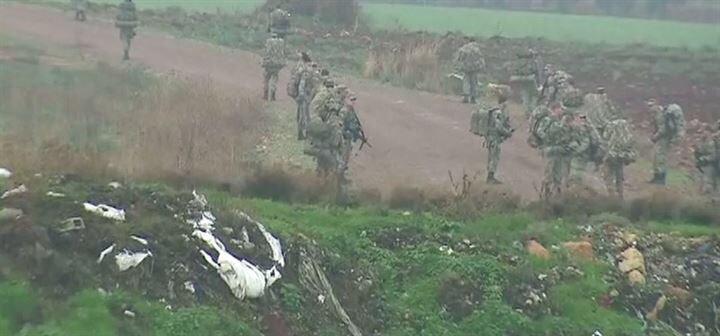 Κροταλίζουν τα αντιαεροπορικά των Κούρδων: Κατέρριψαν τουρκικό αεροσκάφος- 70 άρματα μάχης LEO-Sabra αγκιστρώθηκαν στα σύνορα με Αφρίν! - Εικόνα0