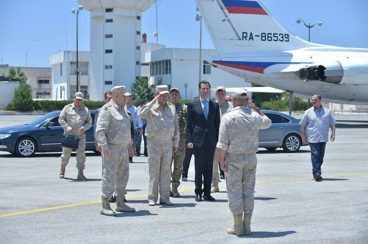 Ξεδιπλώνεται εφιαλτικό σενάριο στη Συρία: Οι ΗΠΑ ετοιμάζονται να κτυπήσουν με κρουζ και το Ισραήλ να εισβάλλει – Στην βάση Hmeymim, Μ.Ασαντ και Ρώσος Α/ΓΕΕΘΑ υποδέχτηκαν τον «Εξολοθρευτή» - Εικόνα19