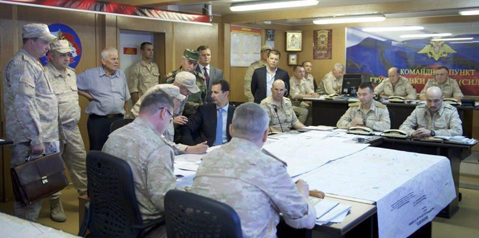 Ξεδιπλώνεται εφιαλτικό σενάριο στη Συρία: Οι ΗΠΑ ετοιμάζονται να κτυπήσουν με κρουζ και το Ισραήλ να εισβάλλει – Στην βάση Hmeymim, Μ.Ασαντ και Ρώσος Α/ΓΕΕΘΑ υποδέχτηκαν τον «Εξολοθρευτή» - Εικόνα8