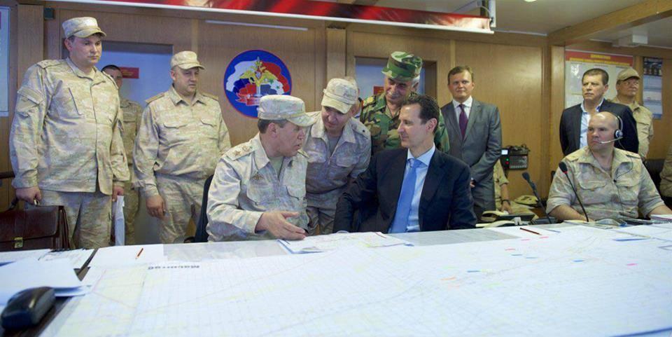 Ξεδιπλώνεται εφιαλτικό σενάριο στη Συρία: Οι ΗΠΑ ετοιμάζονται να κτυπήσουν με κρουζ και το Ισραήλ να εισβάλλει – Στην βάση Hmeymim, Μ.Ασαντ και Ρώσος Α/ΓΕΕΘΑ υποδέχτηκαν τον «Εξολοθρευτή» - Εικόνα9