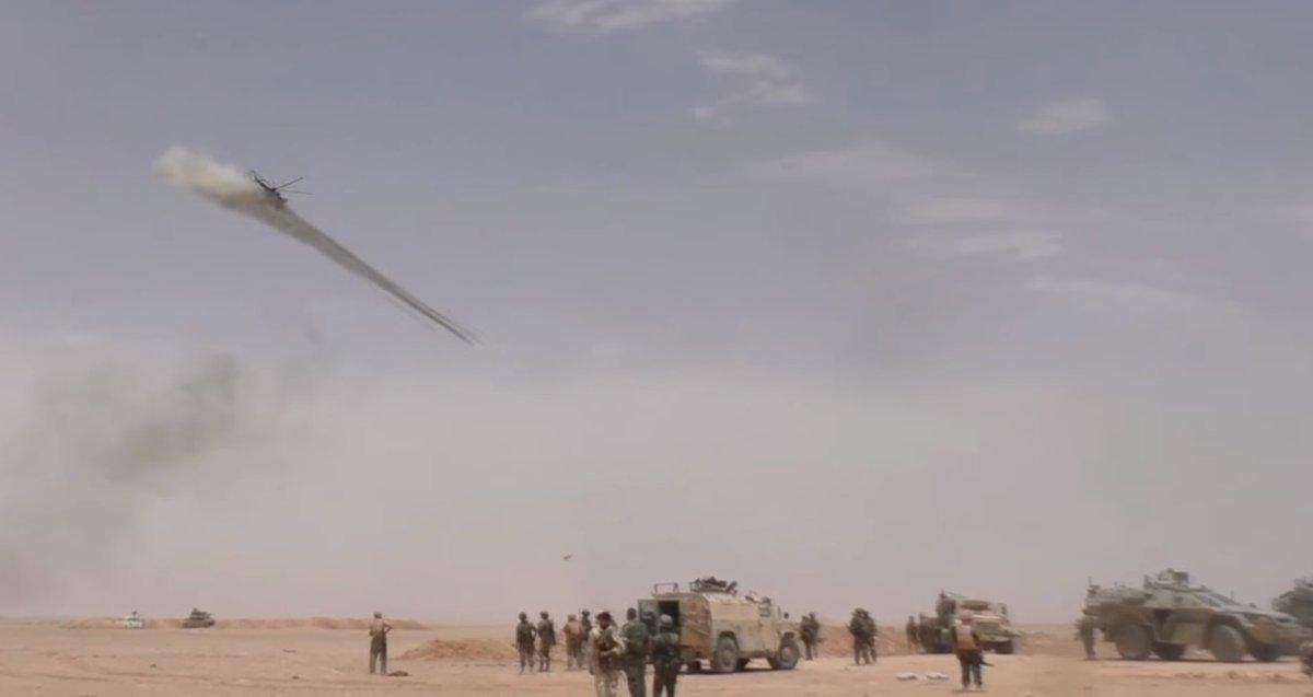 Ξεκινάει η μητέρα των μαχών για Deir Ezzor: Στη Συρία ο Ρώσος Α/ΓΕΕΘΑ – Οι ρωσικές δυνάμεις με τεράστια δύναμη πυρός σημαδεύουν τις ΝΑΤΟϊκές στη Ν.Συρία – Ρωσικό μαχητικό αναχαίτισε αμερικανικό αεροσκάφος – Δείτε βίντεο και εικόνες - Εικόνα21