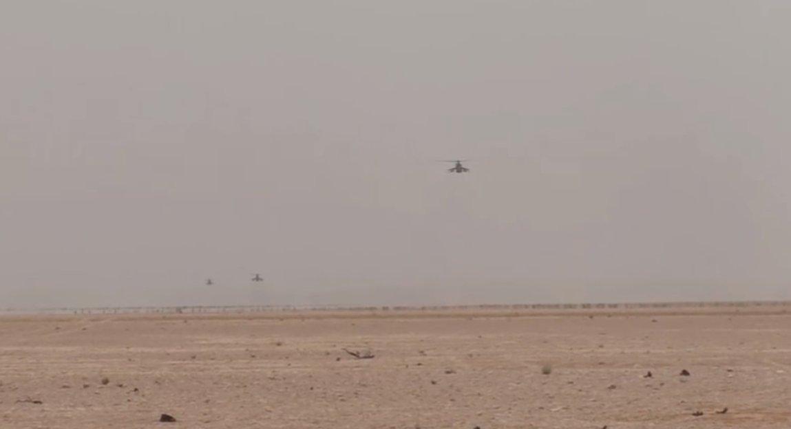 Ξεκινάει η μητέρα των μαχών για Deir Ezzor: Στη Συρία ο Ρώσος Α/ΓΕΕΘΑ – Οι ρωσικές δυνάμεις με τεράστια δύναμη πυρός σημαδεύουν τις ΝΑΤΟϊκές στη Ν.Συρία – Ρωσικό μαχητικό αναχαίτισε αμερικανικό αεροσκάφος – Δείτε βίντεο και εικόνες - Εικόνα23
