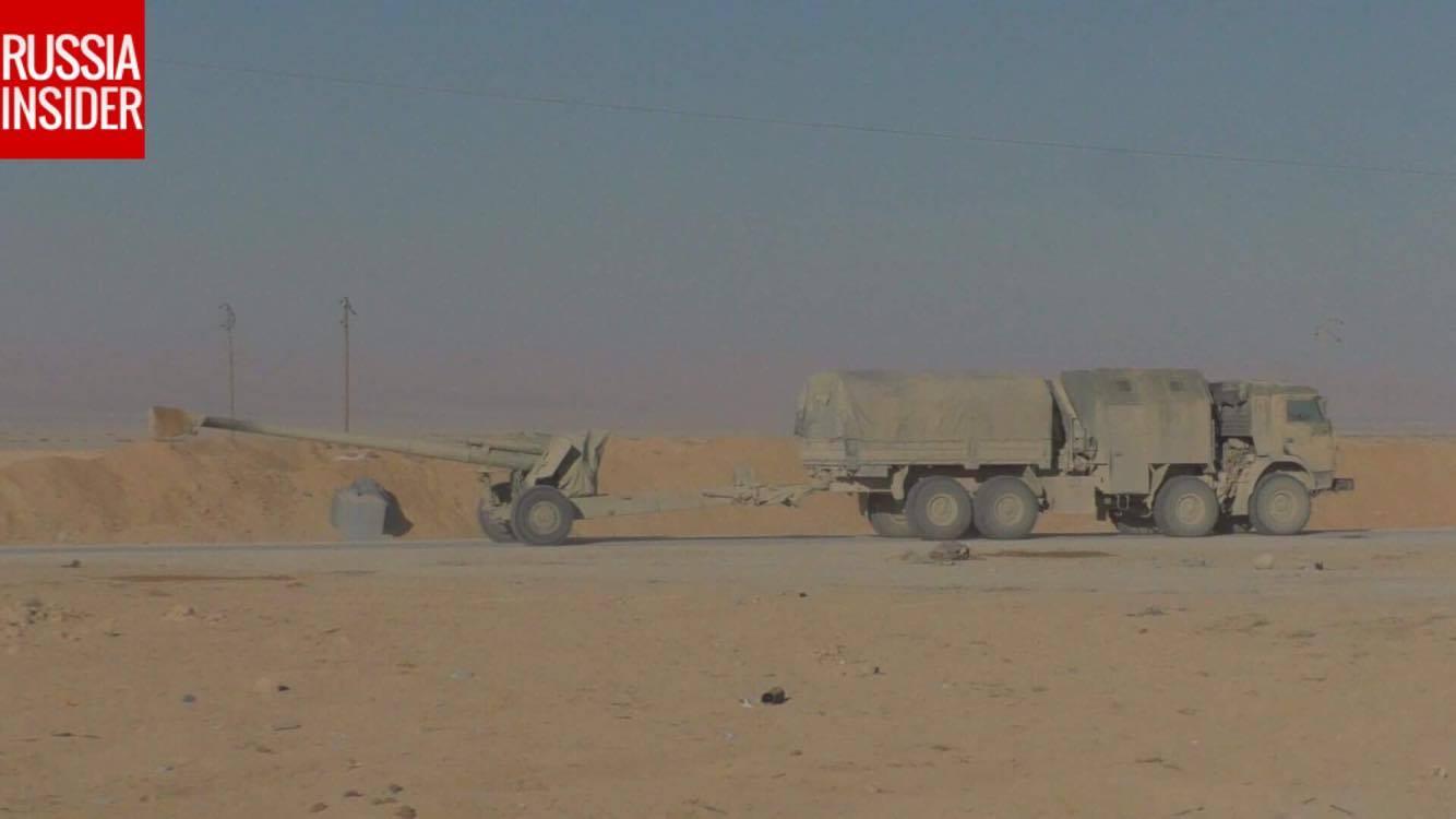 Ξεκινάει η μητέρα των μαχών για Deir Ezzor: Στη Συρία ο Ρώσος Α/ΓΕΕΘΑ – Οι ρωσικές δυνάμεις με τεράστια δύναμη πυρός σημαδεύουν τις ΝΑΤΟϊκές στη Ν.Συρία – Ρωσικό μαχητικό αναχαίτισε αμερικανικό αεροσκάφος – Δείτε βίντεο και εικόνες - Εικόνα7