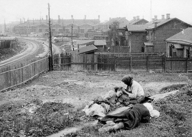 Το ξεχασμένο Ολοκαύτωμα: Πώς ο Στάλιν άφησε 4 εκατ. ανθρώπους να πεθάνουν από την πείνα - Εικόνα 1