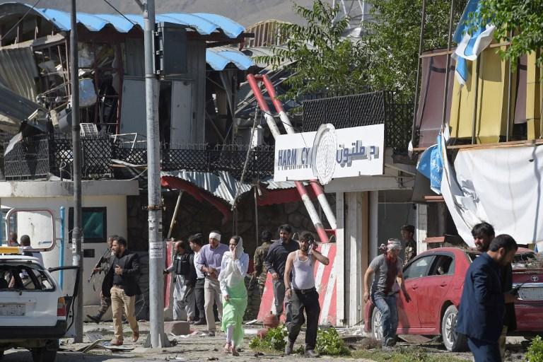 Μακελειό στην Καμπούλ: 80 νεκροί και 350 τραυματίες από έκρηξη παγιδευμένου οχήματος - Εικόνα 7