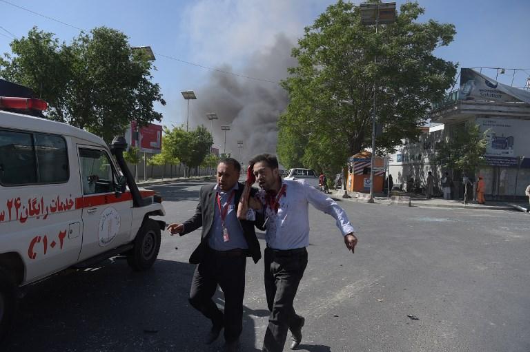 Μακελειό στην Καμπούλ: 80 νεκροί και 350 τραυματίες από έκρηξη παγιδευμένου οχήματος - Εικόνα 8