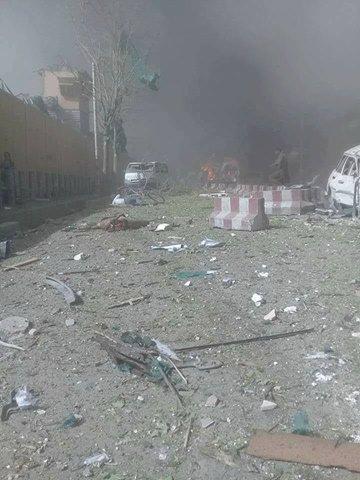 Μακελειό στην Καμπούλ: 80 νεκροί και 350 τραυματίες από έκρηξη παγιδευμένου οχήματος - Εικόνα 9