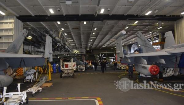 ΜΕΣΑ ΣΤΟ… ΘΗΡΙΟ: Το αεροπλανοφόρο USS George Bush στην Κρήτη και οι Έλληνες του (Εντυπωσιακές εικόνες και βίντεο) - Εικόνα4