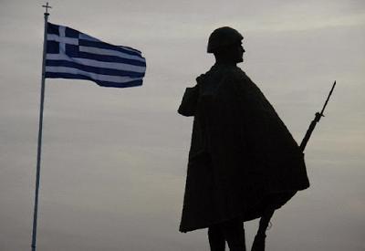 Μισούν το ΟΧΙ. Μισούν αυτόν που είπε το ΟΧΙ. Μισούν τον ηρωισμό των Ελλήνων στρατιωτών. Μισούν την εθνική ομοψυχία. Γι' αυτό έχουν αποφασίσει να υποτιμήσουν και τελικά να καταργήσουν την 28η Οκτωβρίου 1940 - Εικόνα6