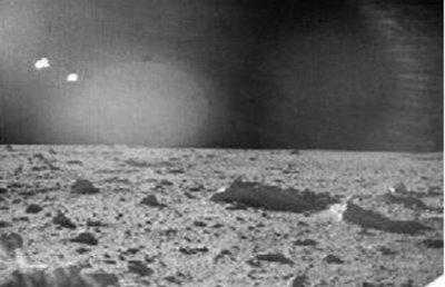 Μοναδικό Ντοκουμέντο από τα Αρχεία της NASA! Δείτε τι Κρύβεται στη Σελήνη!! (Βίντεο & Εικόνες) - Εικόνα2