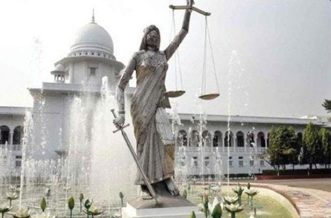 Μπαγκλαντές: Χιλιάδες ισλαμιστές θέλουν να καταστρέψουν το άγαλμα της Ελληνίδας Θεάς Θέμιδας - Εικόνα0