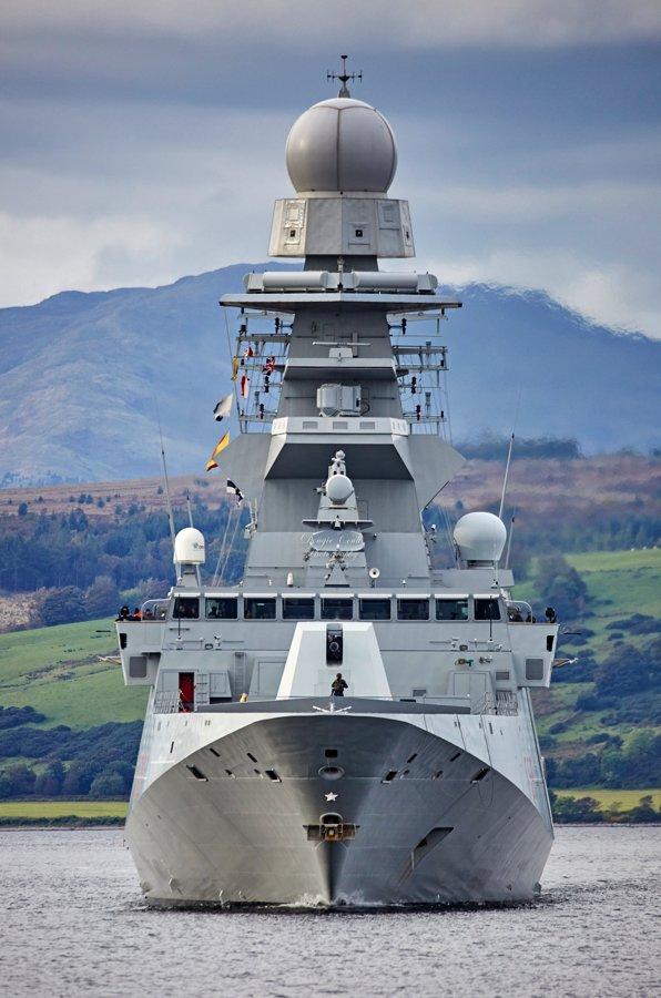 Το ΝΑΤΟ ετοιμάζεται για πόλεμο: USS George H.W. Bush, HMS Queen Elizabeth και 35 πολεμικά πλοία στη μεγαλύτερη ναυτική άσκηση εναντίον της Ρωσίας - Εικόνα12