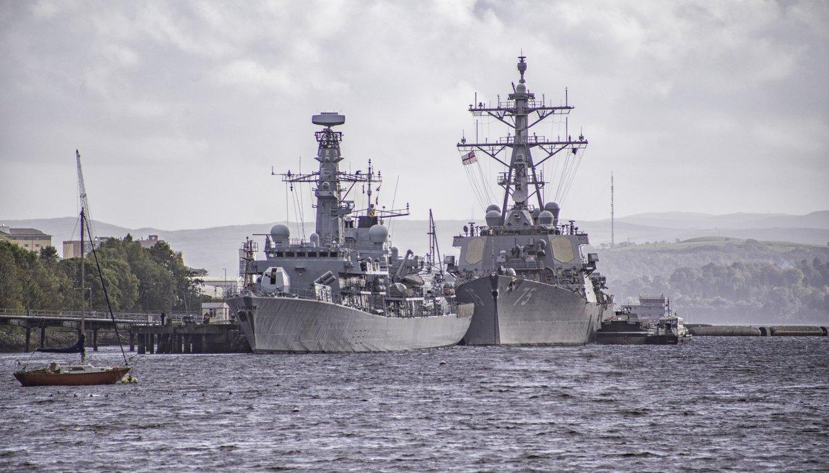 Το ΝΑΤΟ ετοιμάζεται για πόλεμο: USS George H.W. Bush, HMS Queen Elizabeth και 35 πολεμικά πλοία στη μεγαλύτερη ναυτική άσκηση εναντίον της Ρωσίας - Εικόνα5