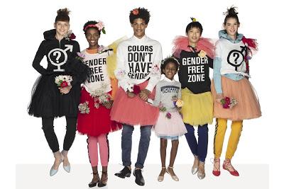 Νηπιαγωγεία «ουδέτερα φύλου» στην Σουηδία διδάσκουν τα αγόρια να φοράνε φουστάνια. Ποιο σκοτεινό σχέδιο κρύβεται πίσω από την προσπάθεια κατάργησης των φύλων; - Εικόνα1