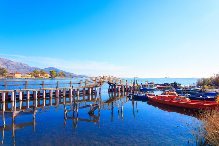 Ομορφιά βγαλμένη από καρτ ποστάλ: Αυτή είναι η μικρή Βενετία της Ελλάδας - Εικόνα7