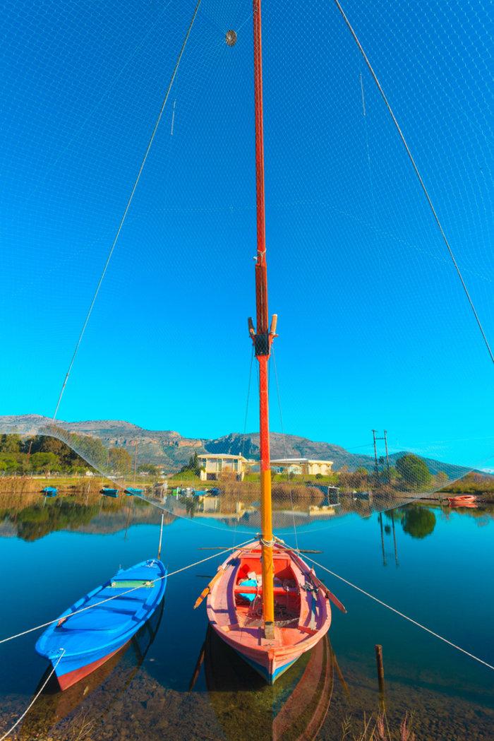 Ομορφιά βγαλμένη από καρτ ποστάλ: Αυτή είναι η μικρή Βενετία της Ελλάδας - Εικόνα8