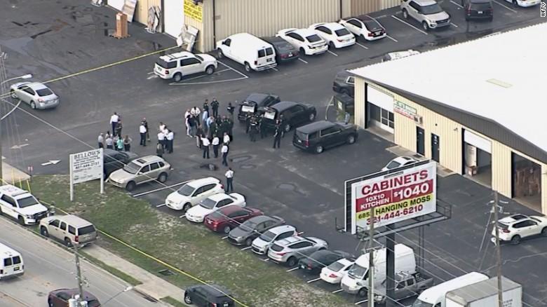 Ορλάντο: Πέντε νεκροί από πυροβολισμούς σε βιομηχανική περιοχή - Εργασιακές διαφορές η αιτία - Εικόνα 0