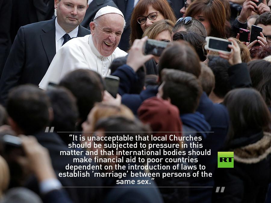 Ο Πάπας αποκαλύπτει γιατί γίνονται μαθήματα τρανσέξουαλ στα σχολεία - Εικόνα1