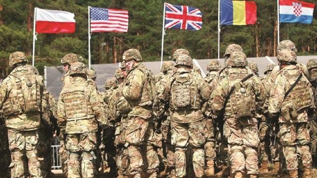 Οι ΗΠΑ περικυκλώνουν την Τουρκία με χιλιάδες στρατεύματα στην περιοχή – Τι έρχεται; - Εικόνα1