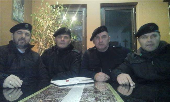 Πήραν φωτιά τα σύνορα μας: Τάγματα σύγχρονων Σκοπιανών «Κομιτατζήδων» απειλούν την Μακεδονία μας – Μετακίνηση βουλγαρικών δυνάμεων στα σύνορα με Σκόπια – Τουρκική απειλή στη Δ.Θράκη - Εικόνα4