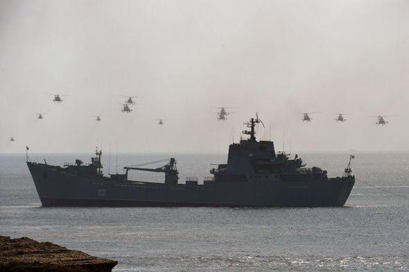 Προειδοποίηση Μόσχας: «Αν το ΝΑΤΟ αποστείλει ναυτική ομάδα μάχης στη Μαύρη Θάλασσα, τότε έχουμε πόλεμο…» (βίντεο) - Εικόνα0