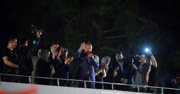 Προετοιμάζεται για αναμέτρηση με την Ελλάδα στο Αιγαίο: Ετοιμάζει μεγάλο αποβατικό στόλο για τα ελληνικά νησιά ο Ερντογάν! - Εικόνα0