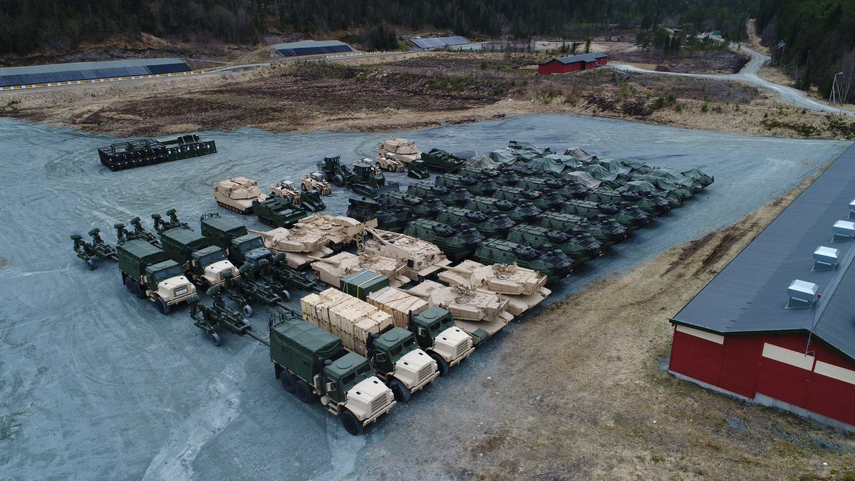 Προσομοίωση παγκόσμιου πλήγματος με διασύνδεση των ΝΑΤΟϊκών βάσεων σε Γερμανία-ΗΠΑ-Βρετανία – Τεράστιες ποσότητες οπλισμού μεταφέρονται σε γερμανικό έδαφος – Ανοιξαν οι αποθήκες όπλων μέχρι και στη Νορβηγία (βίντεο, εικόνες) - Εικόνα0