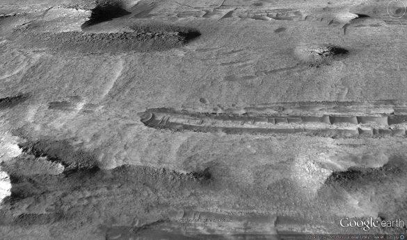 Πτώση αγνώστου αντικειμένου στον πλανήτη Άρη από τους χάρτες του Google Earth [Βίντεο] - Εικόνα4