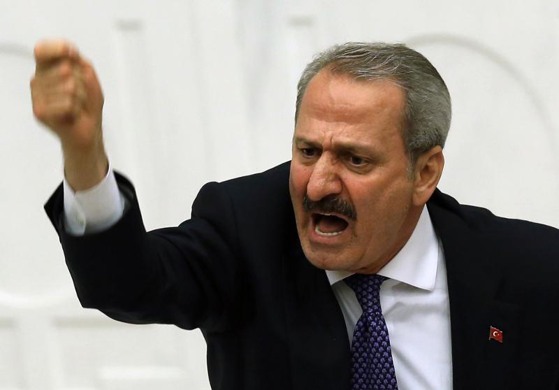 Ρεζά Ζαράμπ: Ποιος είναι ο Τουρκο-ιρανός επιχειρηματίας χρυσού που κάνει την Αγκυρα να τρέμει [εικόνες] - Εικόνα