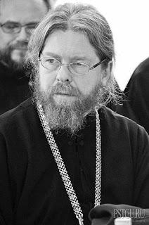 ΡΩΣΙΑ: Νέα γιγαντιαία Εκκλησία άνοιξε δίπλα στη φυλακή της KGB στη Μόσχα - Εικόνα8