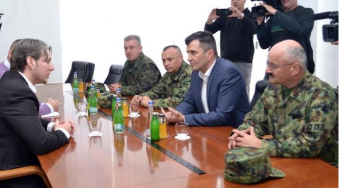 Σείεται η γη στο Πρέσεβο – Μετακινήσεις Σερβικών αρμάτων μάχης – Καλούν σε βοήθεια οι Αλβανοί - Εικόνα0